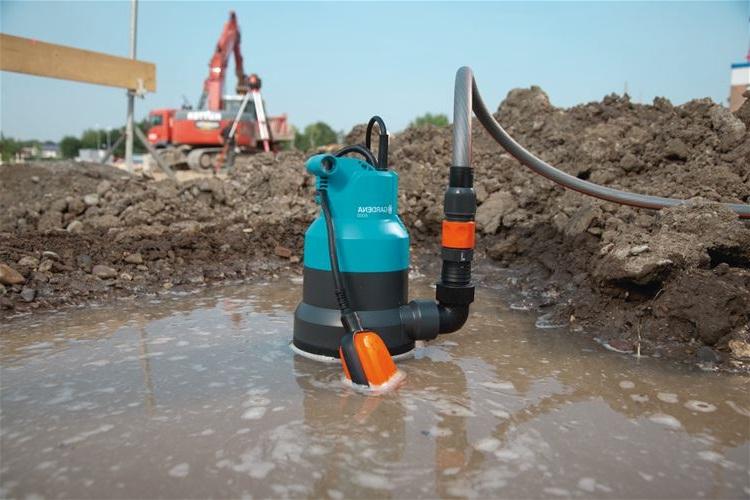 Откачка воды в домашних условиях 97
